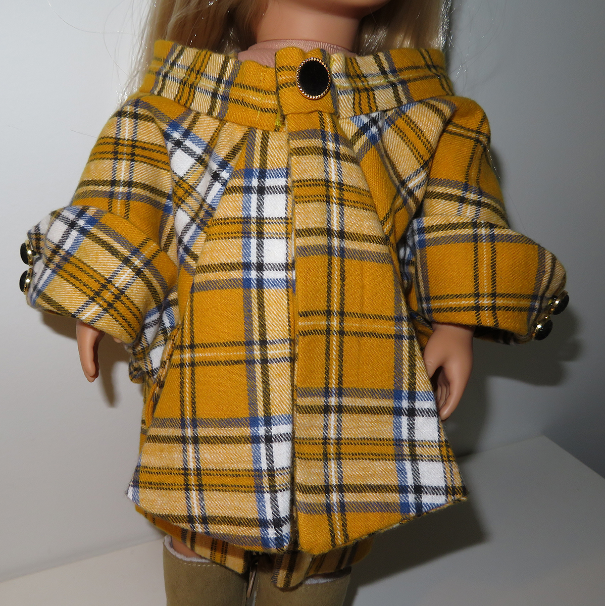 Scottish tartan Dress and coat - Made by Lolo